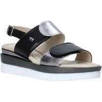 Cipők Női Szandálok / Saruk Valleverde 32141 Fekete