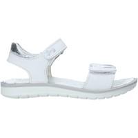 Cipők Lány Szandálok / Saruk Primigi 5385233 Fehér