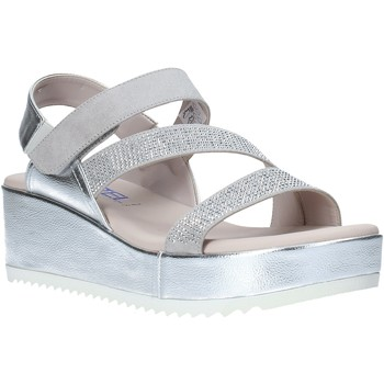 Cipők Női Szandálok / Saruk Comart 503428 Szürke