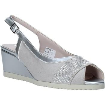 Cipők Női Szandálok / Saruk Comart 022889ST Szürke