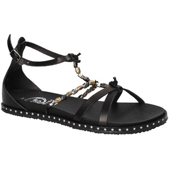 Cipők Női Szandálok / Saruk 18+ 6140 Fekete