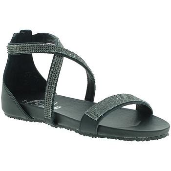 Cipők Női Szandálok / Saruk 18+ 6141 Fekete