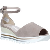 Cipők Női Szandálok / Saruk Comart 9C3374 Mások