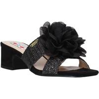 Cipők Női Papucsok Love To Love EVA583C1 Fekete