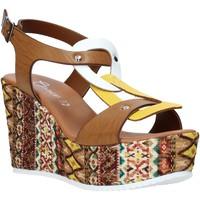 Cipők Női Szandálok / Saruk Grace Shoes 09 Barna