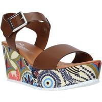 Cipők Női Szandálok / Saruk Grace Shoes 07 Barna