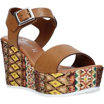 Cipők Női Szandálok / Saruk Grace Shoes 08 Barna
