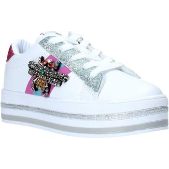 Cipők Lány Rövid szárú edzőcipők Sweet Years S20-SSK416 Fehér