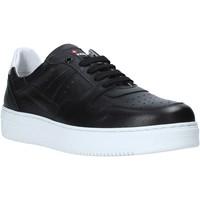 Cipők Férfi Rövid szárú edzőcipők Exton 427 Fekete