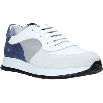 Cipők Férfi Rövid szárú edzőcipők Exton 741 Fehér