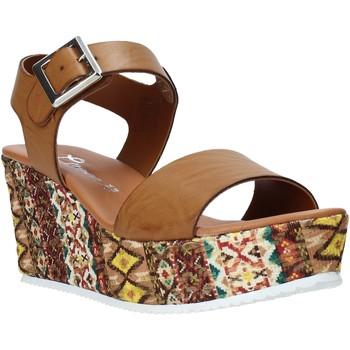 Cipők Női Szandálok / Saruk Grace Shoes 06 Barna