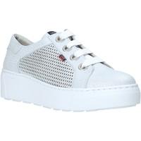 Cipők Női Rövid szárú edzőcipők CallagHan 14919 Szürke