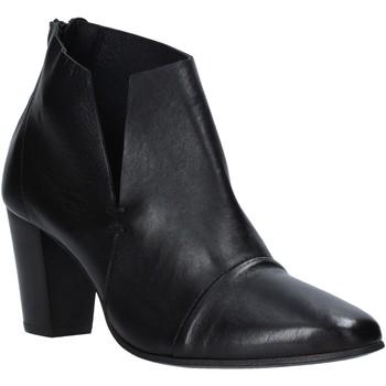 Cipők Női Bokacsizmák Mally 6877 Fekete