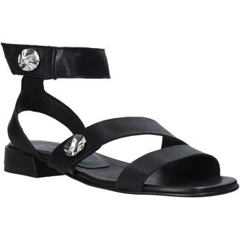 Cipők Női Szandálok / Saruk Mally 6825 Fekete