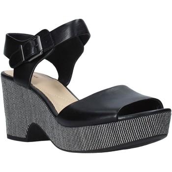 Cipők Női Szandálok / Saruk Clarks 26140113 Fekete