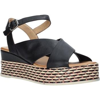 Cipők Női Szandálok / Saruk Bueno Shoes Q5901 Fekete