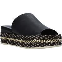 Cipők Női Papucsok Bueno Shoes Q5905 Fekete
