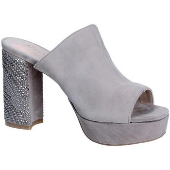 Cipők Női Papucsok Alma En Pena V18256 Szürke