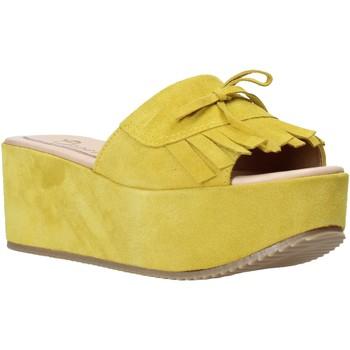 Cipők Női Papucsok Grace Shoes C3 Sárga