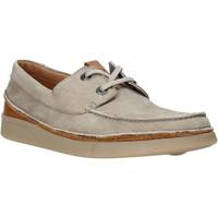 Cipők Férfi Oxford cipők Clarks 26139579 Bézs