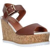Cipők Női Szandálok / Saruk Lumberjack SW83106 001 Q85 Barna