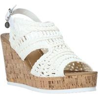 Cipők Női Szandálok / Saruk Gold&gold A20 GJ265 Fehér