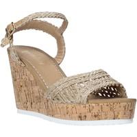 Cipők Női Szandálok / Saruk Gold&gold A20 GJ263 Bézs