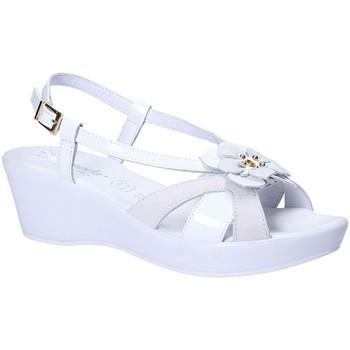 Cipők Női Szandálok / Saruk Susimoda 269743 Fehér