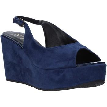 Cipők Női Szandálok / Saruk Esther Collezioni ZC 042 Kék