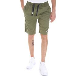 Ruhák Férfi Rövidnadrágok Tommy Jeans DM0DM08714 Zöld