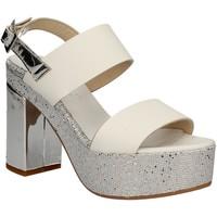 Cipők Női Szandálok / Saruk Grace Shoes OTRANTO 91 F9 Fehér