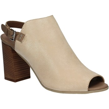 Cipők Női Szandálok / Saruk Mally 5738 Bézs