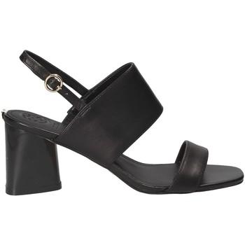 Cipők Női Szandálok / Saruk Guess FLSDN2 LEA03 Fekete