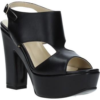 Cipők Női Szandálok / Saruk Grace Shoes TQ 102 Fekete