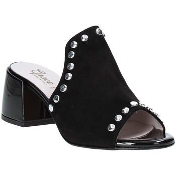 Cipők Női Papucsok Grace Shoes 1576006 Fekete