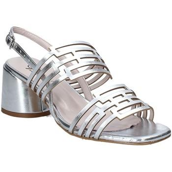 Cipők Női Szandálok / Saruk Grace Shoes 123001 Ezüst