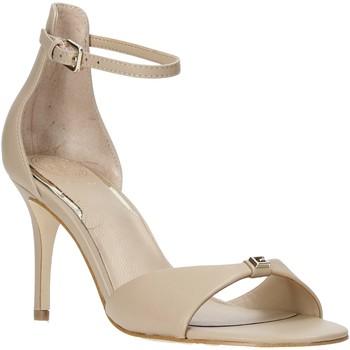 Cipők Női Szandálok / Saruk Guess FL6ABI LEA03 Bézs