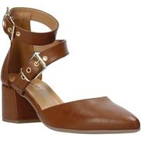 Cipők Női Szandálok / Saruk Grace Shoes 774004 Barna