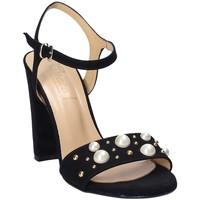 Cipők Női Szandálok / Saruk Grace Shoes 1396 Fekete