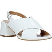 Cipők Női Szandálok / Saruk Grace Shoes 1576009 Fehér