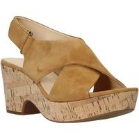 Cipők Női Szandálok / Saruk Clarks 26140121 Bézs