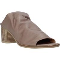 Cipők Női Papucsok Bueno Shoes N6103 Szürke