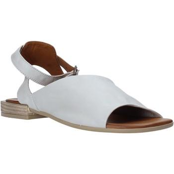 Cipők Női Szandálok / Saruk Bueno Shoes Q5602 Szürke