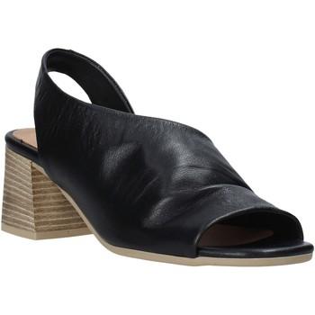 Cipők Női Szandálok / Saruk Bueno Shoes N1300 Fekete