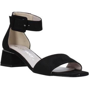 Cipők Női Szandálok / Saruk Comart 3C3421 Fekete