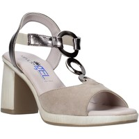 Cipők Női Szandálok / Saruk Comart 4C2361 Bézs