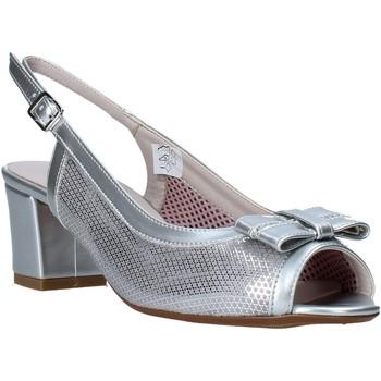 Cipők Női Szandálok / Saruk Comart 293304 Ezüst