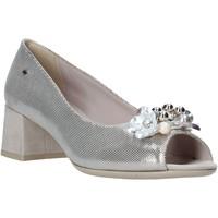 Cipők Női Szandálok / Saruk Comart 913465 Bézs
