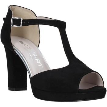 Cipők Női Szandálok / Saruk Comart 303336 Fekete