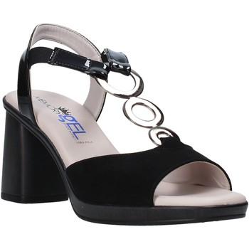Cipők Női Szandálok / Saruk Comart 4C2361 Fekete
